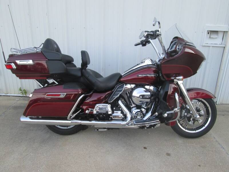 2016 Harley-Davidson Road Glide for sale at Parkway Motors in Osage Beach MO