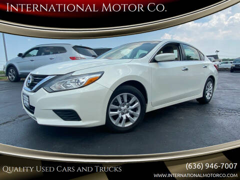 2016 Nissan Altima for sale at International Motor Co. in St. Charles MO