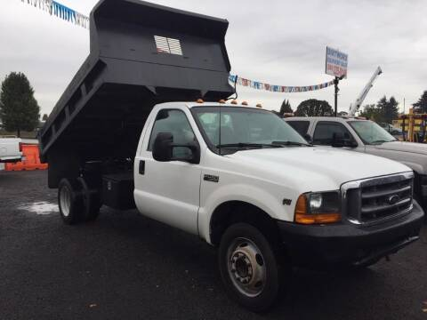 1999 Ford F-550 for sale at DirtWorx Equipment - Trucks in Woodland WA