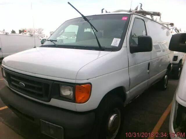2003 Ford E-Series Cargo for sale at ALVAREZ AUTO SALES in Des Moines IA