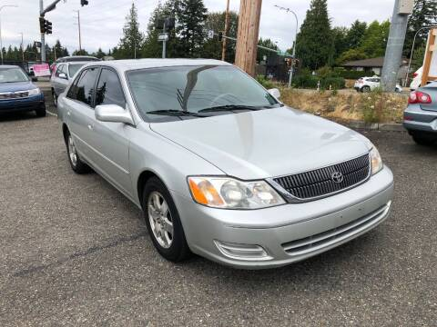 2000 Toyota Avalon for sale at KARMA AUTO SALES in Federal Way WA