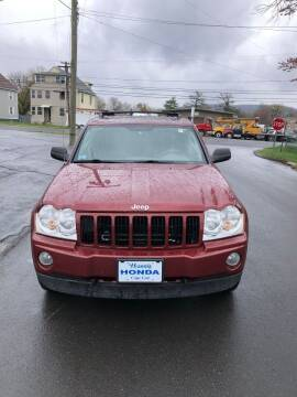 2007 Jeep Grand Cherokee for sale at Whiting Motors in Plainville CT