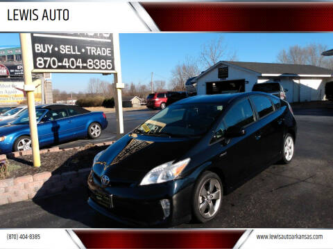 2013 Toyota Prius for sale at LEWIS AUTO in Mountain Home AR