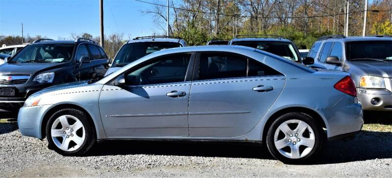 2008 Pontiac G6 for sale at PINNACLE ROAD AUTOMOTIVE LLC in Moraine OH