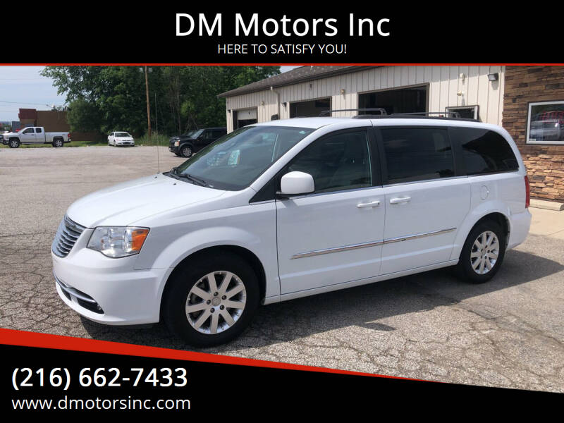 2015 Chrysler Town and Country for sale at DM Motors Inc in Maple Heights OH