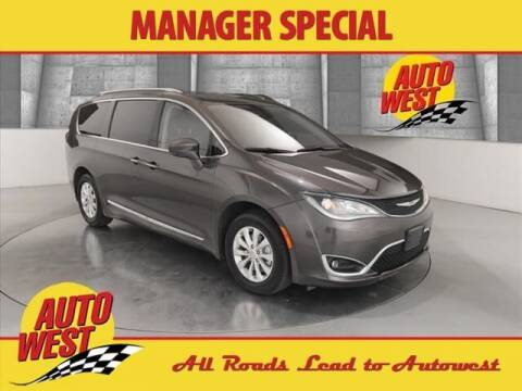 2019 Chrysler Pacifica for sale at Autowest of GR in Grand Rapids MI