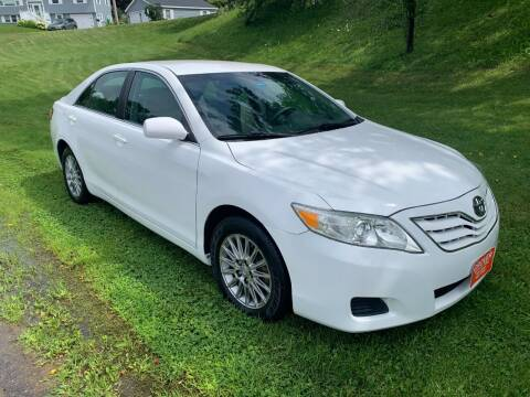 2010 Toyota Camry for sale at GROVER AUTO & TIRE INC in Wiscasset ME