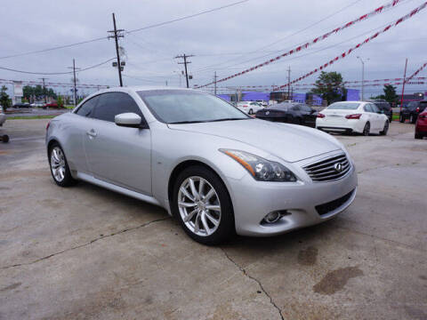 2014 Infiniti Q60 Convertible for sale at BLUE RIBBON MOTORS in Baton Rouge LA