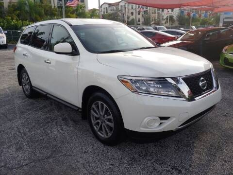 2015 Nissan Pathfinder for sale at Brascar Auto Sales in Pompano Beach FL