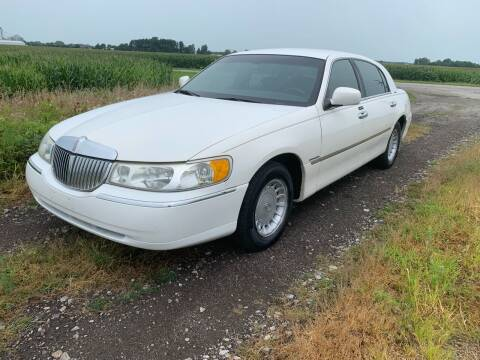 2002 Lincoln Town Car for sale at Autoville in Bowling Green OH