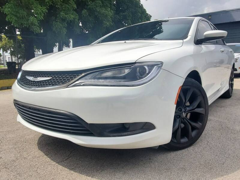 2015 Chrysler 200 for sale at Italy Blue Auto Sales llc in Miami FL