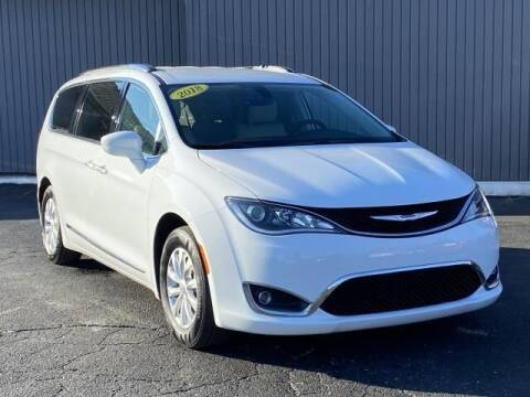 2018 Chrysler Pacifica for sale at Bankruptcy Auto Loans Now - powered by Semaj in Brighton MI