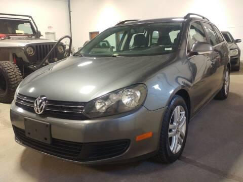2013 Volkswagen Jetta for sale at MULTI GROUP AUTOMOTIVE in Doraville GA