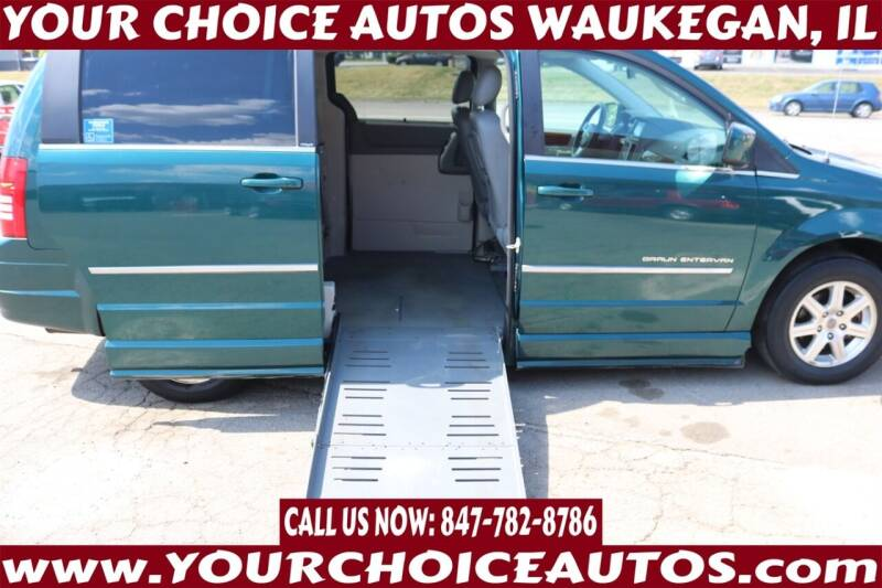 2009 Chrysler Town and Country for sale at Your Choice Autos - Waukegan in Waukegan IL