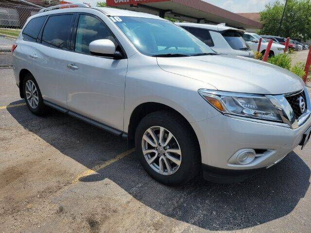 2016 Nissan Pathfinder for sale at Rizza Buick GMC Cadillac in Tinley Park IL