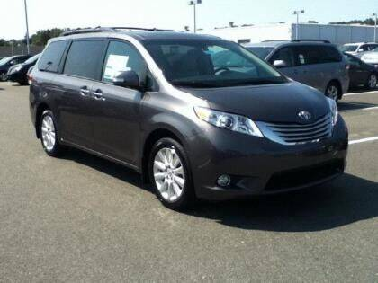 2013 Toyota Sienna for sale at Seewald Cars in Brooklyn NY
