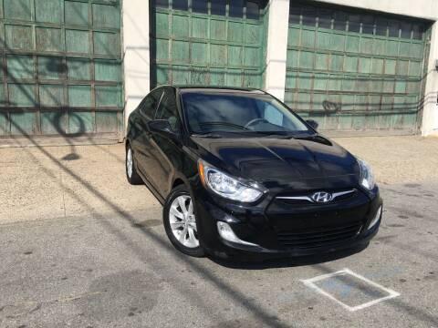 2012 Hyundai Accent for sale at Illinois Auto Sales in Paterson NJ