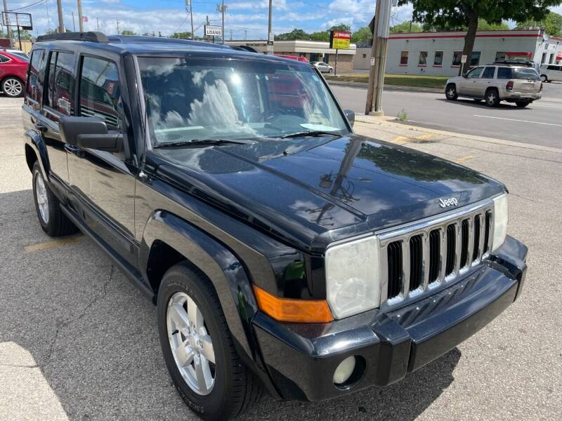 2007 Jeep Commander for sale at G T Motorsports in Racine WI