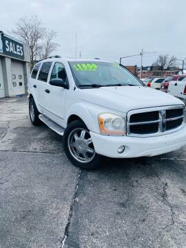 2006 Dodge Durango for sale at Rocket Cars Auto Sales LLC in Des Moines IA