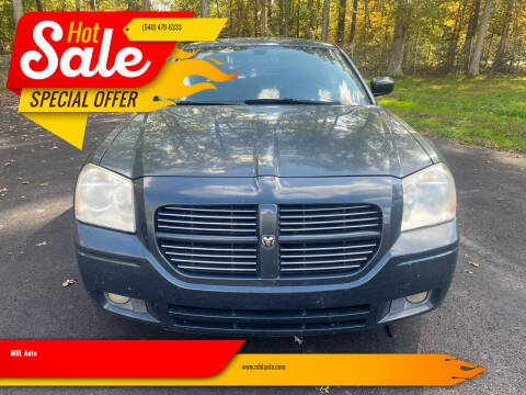 2007 Dodge Magnum for sale at MBL Auto Woodford in Woodford VA