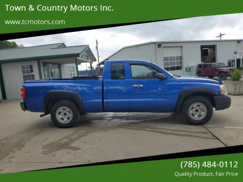 2007 Dodge Dakota for sale at Town & Country Motors Inc. in Meriden KS