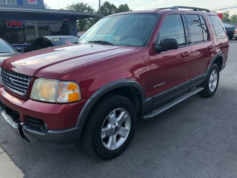 2004 Ford Explorer for sale at Wise Investments Auto Sales in Sellersburg IN