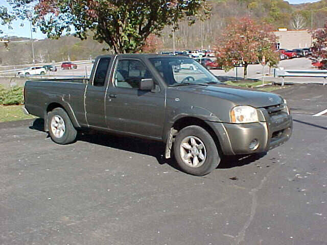 2002 Nissan Frontier 2dr King Cab XE 2WD SB - Pittsburgh PA