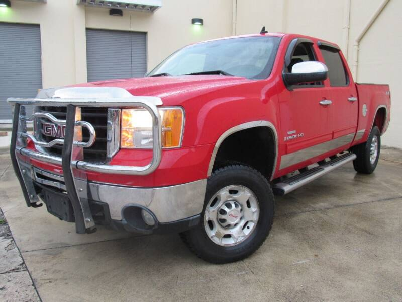 2009 GMC Sierra 2500HD for sale at Easy Deal Auto Brokers in Hollywood FL