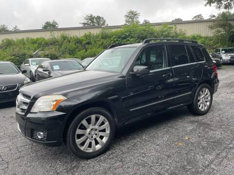 2011 Mercedes-Benz GLK for sale at Car Online in Roswell GA