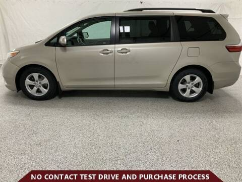 2017 Toyota Sienna for sale at Brothers Auto Sales in Sioux Falls SD