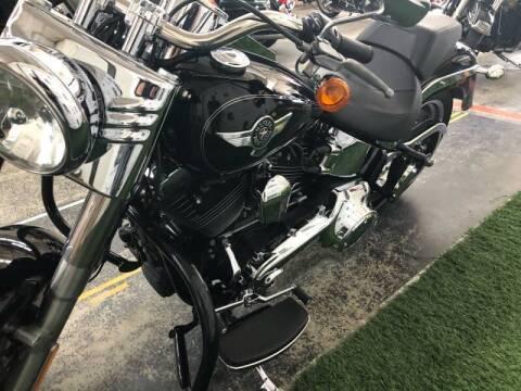 2017 Harley-Davidson FLSTF