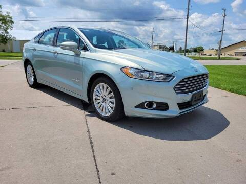 2013 Ford Fusion Hybrid for sale at QUAD CITIES AUTO SALES in Milan IL