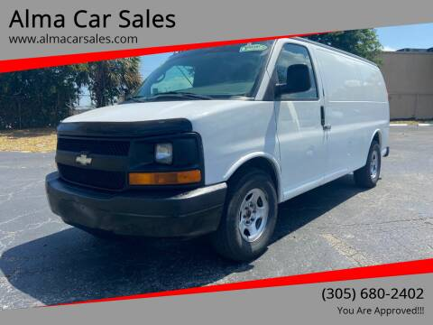 2005 Chevrolet Express Cargo for sale at Alma Car Sales in Miami FL