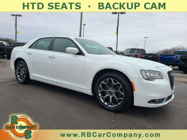 2016 Chrysler 300 for sale at R & B CAR CO - R&B CAR COMPANY in Columbia City IN