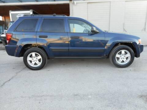 2005 Jeep Grand Cherokee for sale at Ideal Auto in Kansas City KS