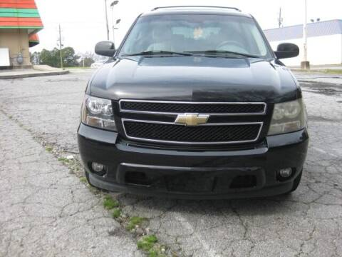2008 Chevrolet Suburban for sale at LAKE CITY AUTO SALES in Forest Park GA