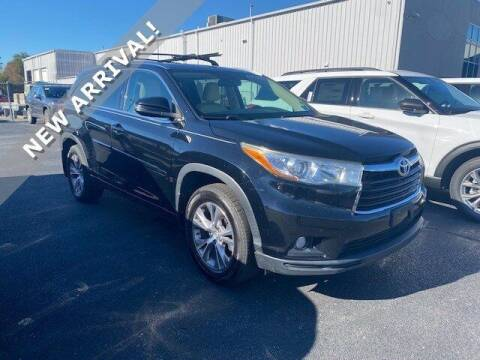 2019 Toyota Highlander for sale at Gentilini Motors in Woodbine NJ