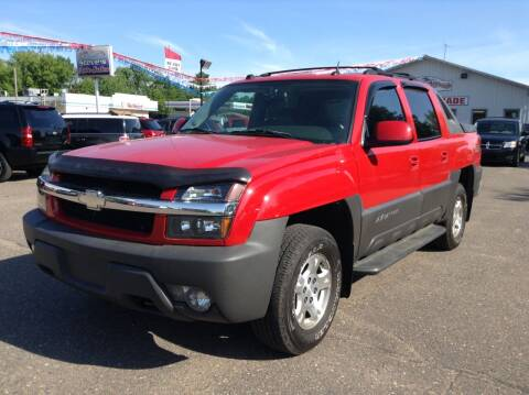 2004 Chevrolet Avalanche for sale at Steves Auto Sales in Cambridge MN