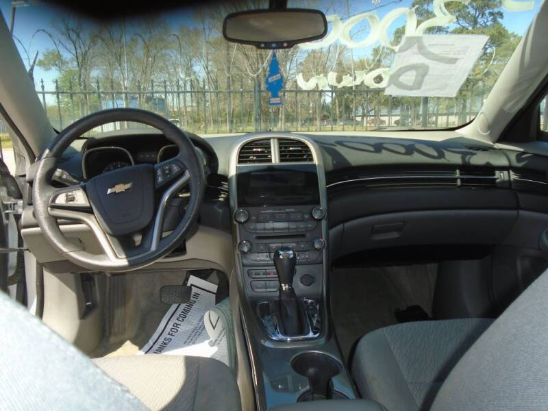 2013 Chevrolet Malibu LS 4dr Sedan - Houston TX
