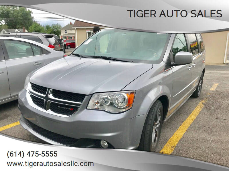 2017 Dodge Grand Caravan for sale at Tiger Auto Sales in Columbus OH