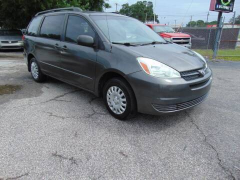 2004 Toyota Sienna for sale at Ratchet Motorsports in Gibsonton FL