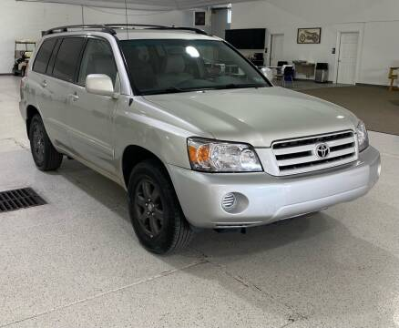 2004 Toyota Highlander for sale at Hamilton Automotive in North Huntingdon PA