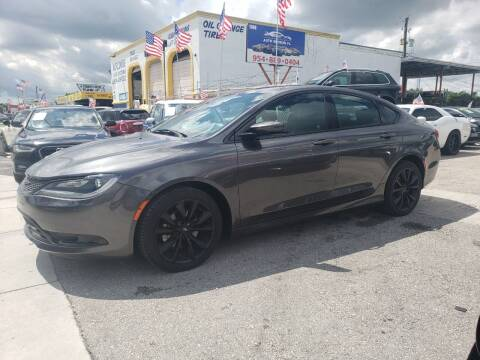 2015 Chrysler 200 for sale at INTERNATIONAL AUTO BROKERS INC in Hollywood FL