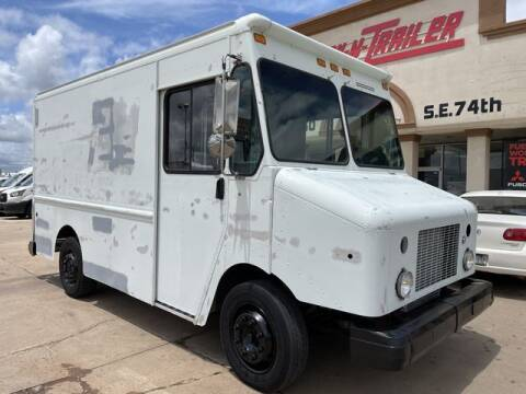 2004 Freightliner MT45 Chassis for sale at TRUCK N TRAILER in Oklahoma City OK