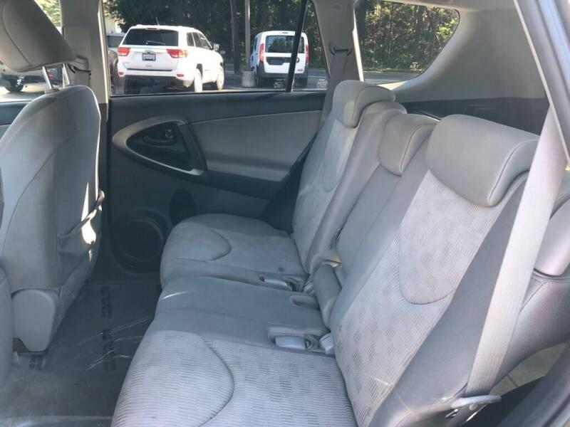 2011 Toyota RAV4 4x4 4dr SUV - Wakefield RI