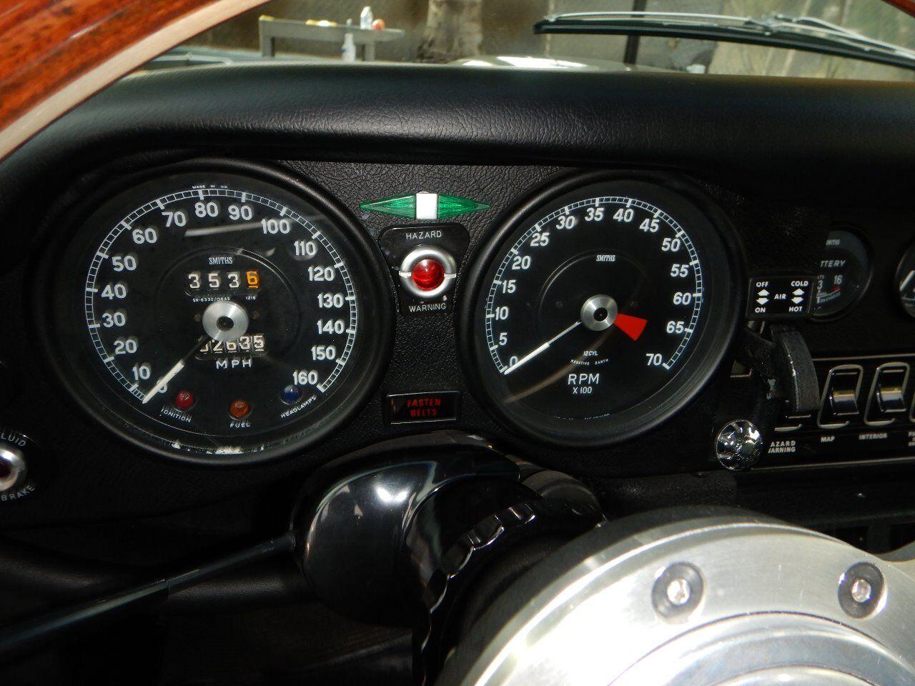 1973 Jaguar XKE 51