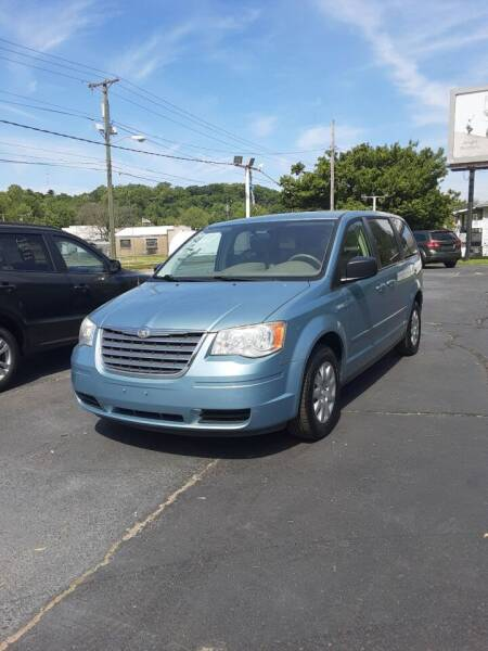2010 Chrysler Town and Country for sale in Zanesville, OH