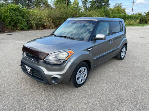 2013 Kia Soul for sale at Mr. Auto in Hamilton OH
