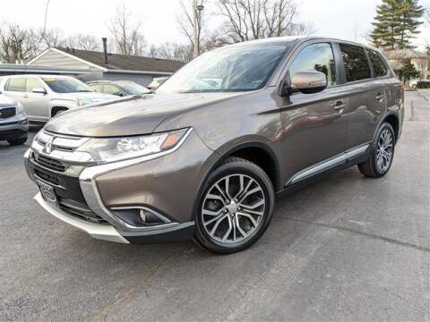 2017 Mitsubishi Outlander for sale at GAHANNA AUTO SALES in Gahanna OH