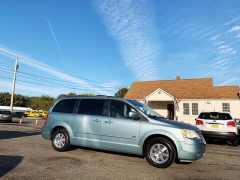 2008 Chrysler Town and Country for sale at New Wave Auto of Vineland in Vineland NJ
